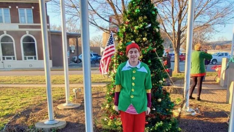 2019 Second Annual Holiday Tree Lighting